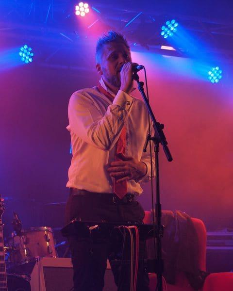 Thomas-breinert-musique-rock-chic-chanson-française-normandie-concert-la-boule-noire-paris